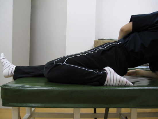 腰痛肩こりケア体操、ももの調整